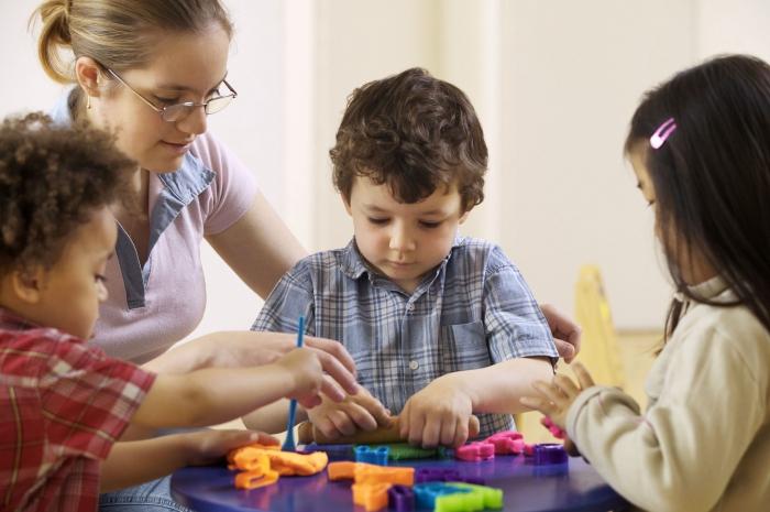 образец положительной характеристики на многодетную семью